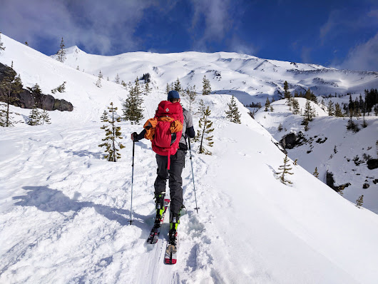 Guide to Backcountry Skiing Mount St. Helens
