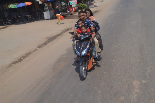 5 Cambodians on a Scooter