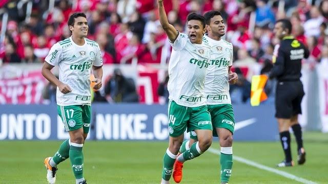 Adeus, tabu: Palmeiras volta a vencer o Inter em Porto Alegre e mantém liderança