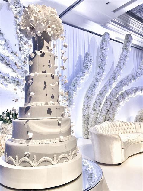 Falling petals, A Dubai Wedding Cake ? The Caketress Cakes