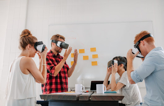 Educating with VR Is Still Pricey, But Costs Are Dropping | eLearningInside News