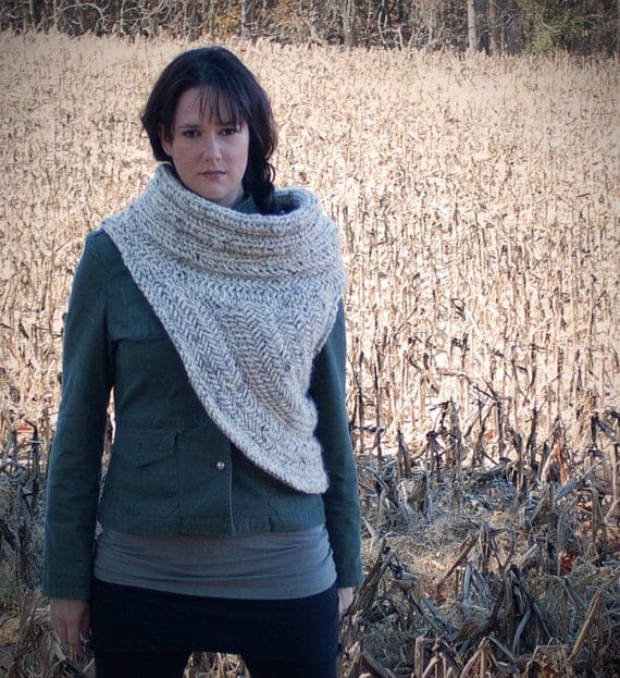 NEW - Katniss Cowl Vest - Inspired by Wardrobe from Catching Fire - Knitting Pattern