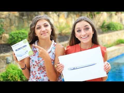 MacBook Air + Wireless Mobile Projector GIVEAWAY!