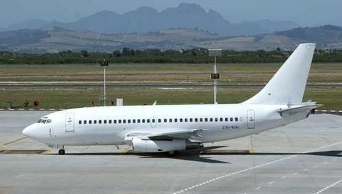 Boeing-737-200.jpg