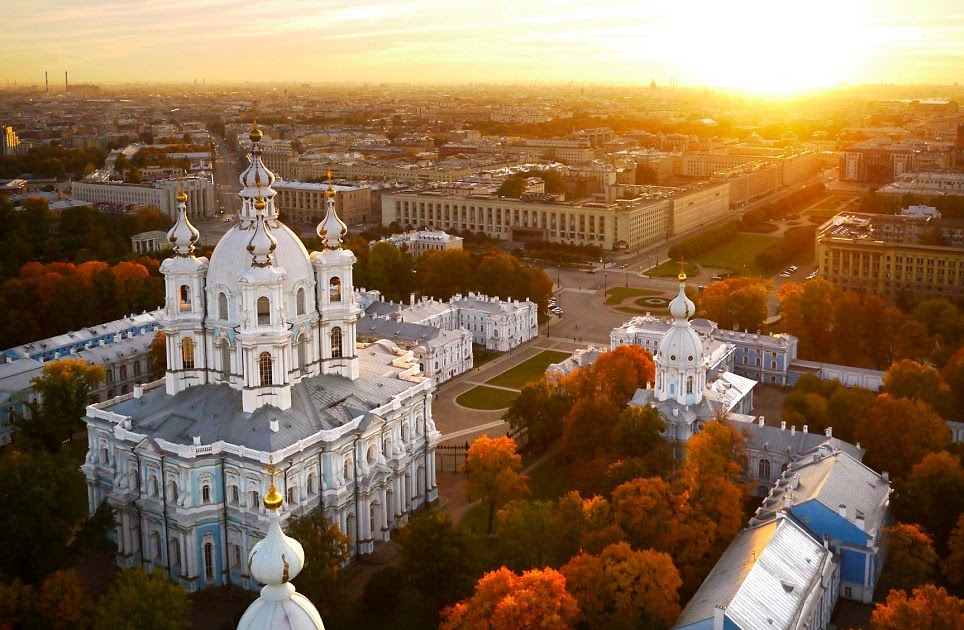 64e67c0939fc Stunning Aerial Photographs of the Russian City