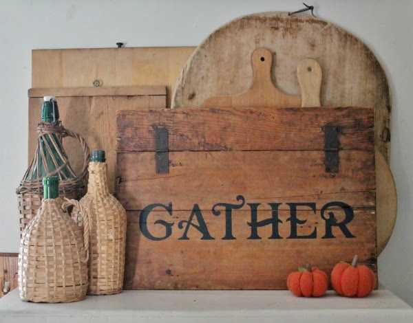 Creating a Farmhouse Sign from an Antique Crate Lid