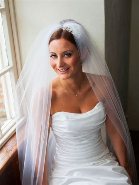 Should You Get a Spray Tan for your Wedding?   Lucy Jayne