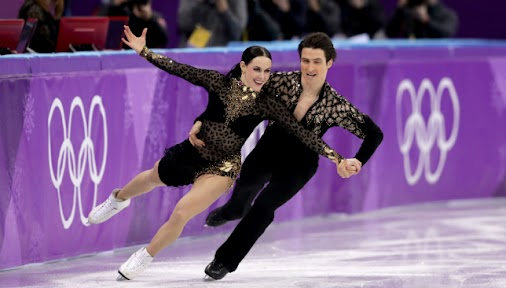 Canada's Tessa Virtue and Scott Moir smash world record to take ice dance figure skating lead: Canada's...