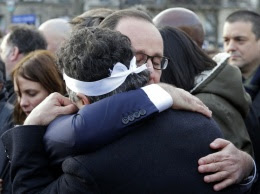 PHOTOS. Terrorisme : la marche poignante des proches des victimes