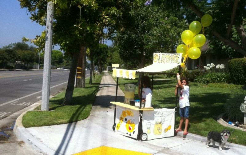 So many tables lemonade stand for How to build a lemonade stand on wheels