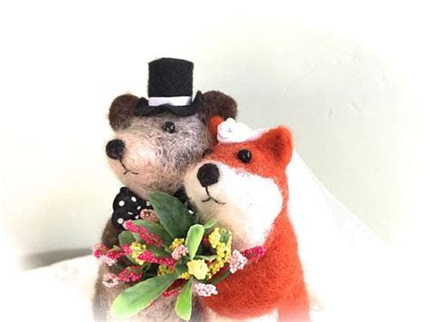 Cute wedding cake topper figurine fox bear wedding cake