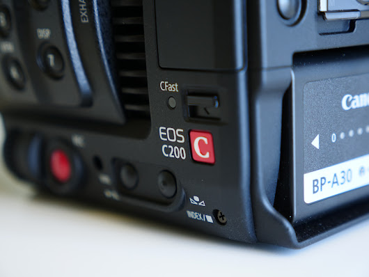 Canon C200 hands-on: 4K 60p, touchscreen AF, Canon Cinema RAW Light - Newsshooter