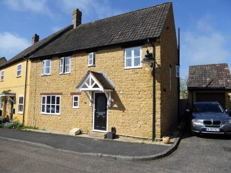 4 bedroom House for sale in Yeovil