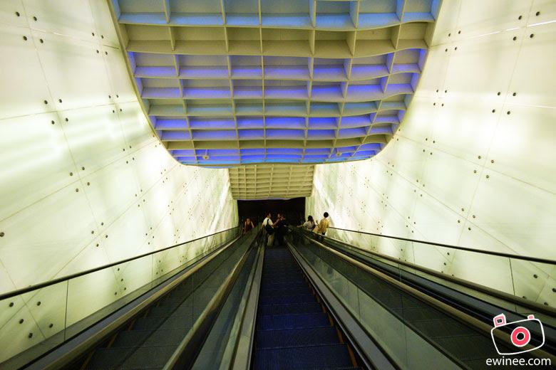 ORCHARD-RD-DAY-2-ION-AP-2010-escalator