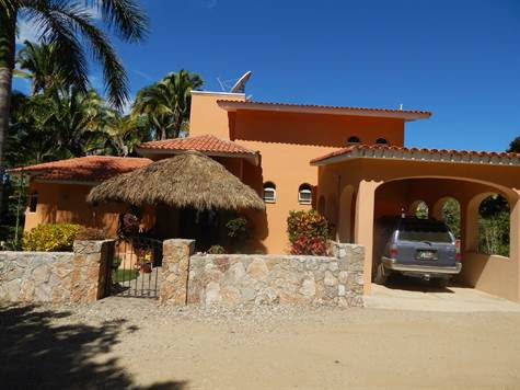 Home for Sale in San Francisco (Nayarit, MX), Nayarit $699,000