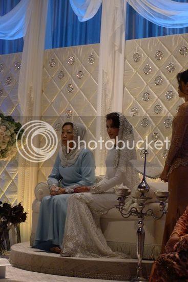 gambar pernikahan awal dan scha