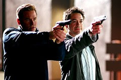Gay Perry (Val Kilmer) and Harry Lockhart (Robert Downey Jr.)