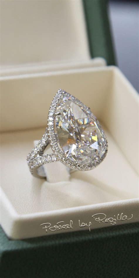 Regilla ? Paris Hilton?s engagement ring by Michael Greene