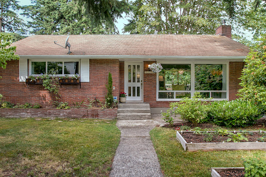 Home For Sale In Seattle | Classic Mid-Century Broadview Home