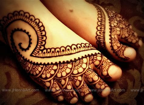 Indian bridal foot design by j.Henna   By j.Henna