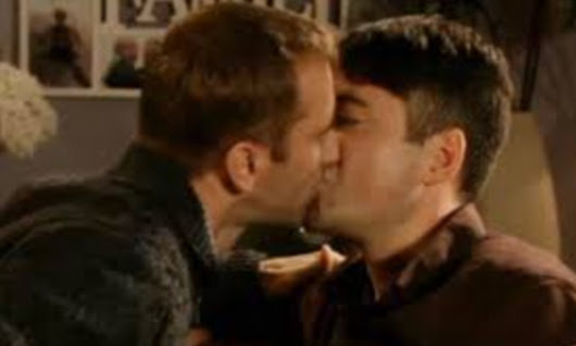 Coronation Street will NOT be investigated by Ofcom over gay kiss