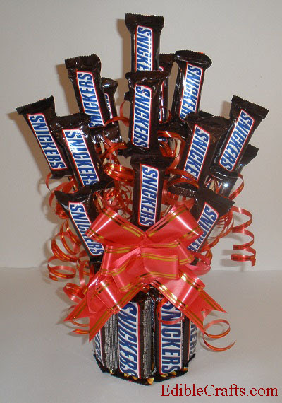 Homemade birthday gifts – DIY Snickers Candy Bouquet