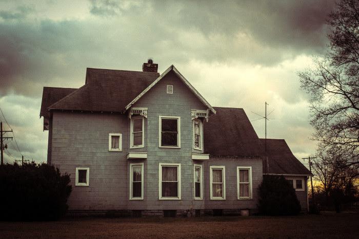 Výsledek obrázku pro creepy house