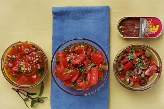 Garlicky Marinated Tomatoes