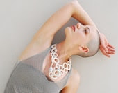 White Necklace Cotton Crochet with Beads in Raku. Handmade textile jewelry by Aliquid - AliquidTextileJewels