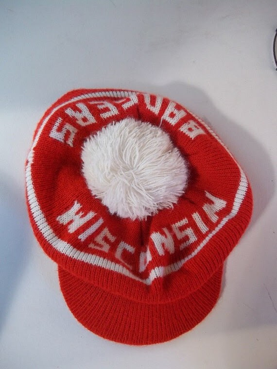 Vintage University of Wisconsin Badgers Acrylic Pom Hat Beret