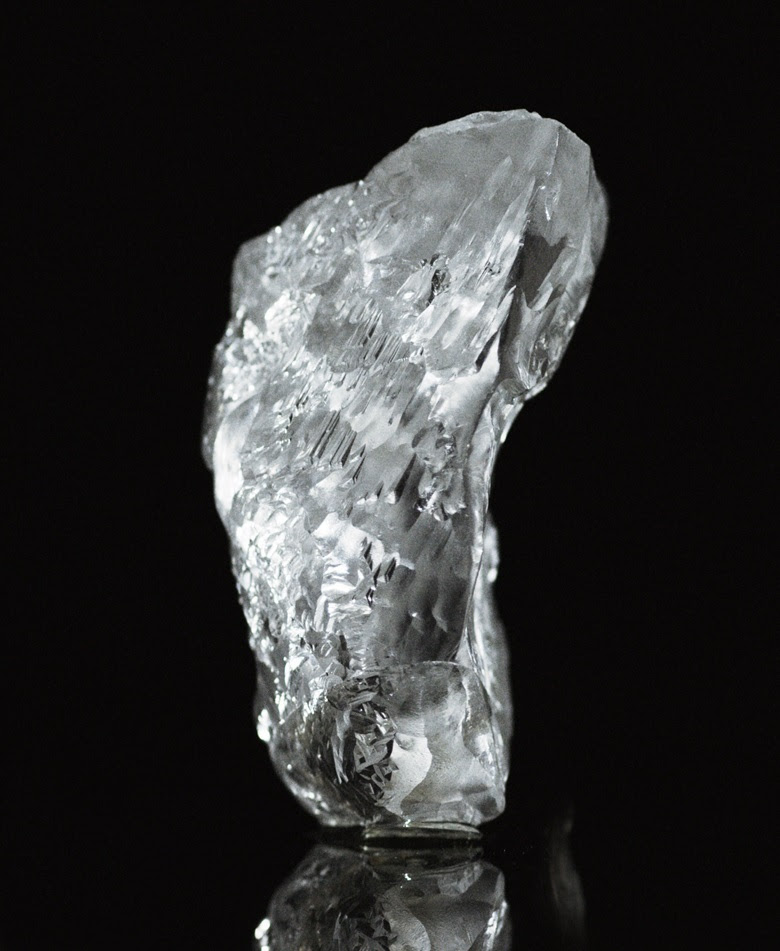 The original, 404.20 carat rough diamond that was mined in eastern Angola — the 27th largest rough white diamond ever discovered