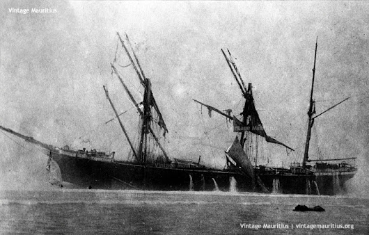 Pointe D'Esny - Ship Wreck of the Dalblair - 1902 - Vintage Mauritius