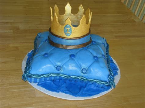Cakes by Linsay: Pillow for the Prince