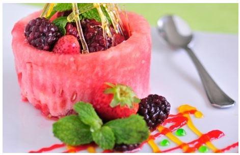 """decoração com melancia: """"cestinha de melancia"""""""