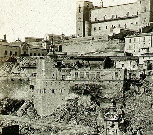 Restos del Convento del Carmen Calzado de Toledo hacia 1858. Fotografía de Charles Soulier