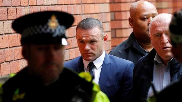 Wayne Rooney sem poder conduzir durante dois anos
