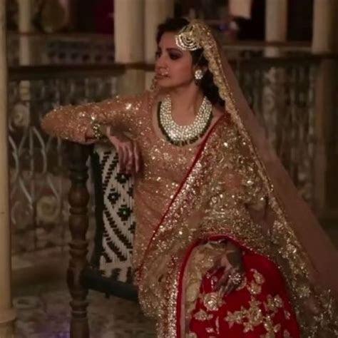 Anushka Sharma wearing Manish Malhotra in Ae Dil Hai