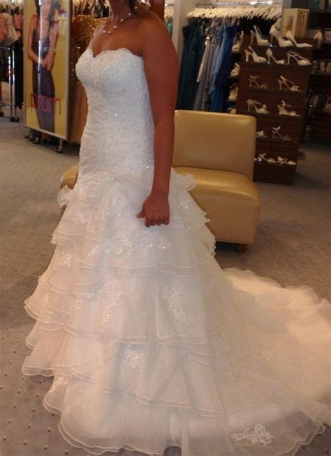 Alfred Angelo Style 2123 Wedding Dress   Tradesy