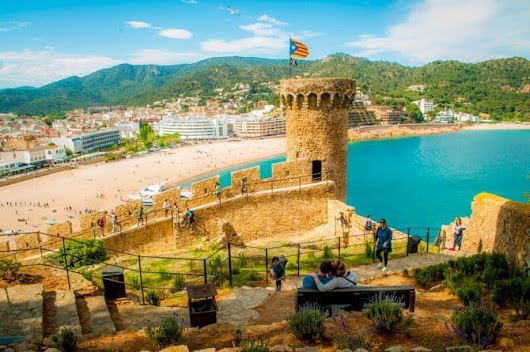 Tossa de Mar ~ A Medieval Town of Sandy Beaches, Coastal Hikes & Bull Lovers - Live Dream Discover