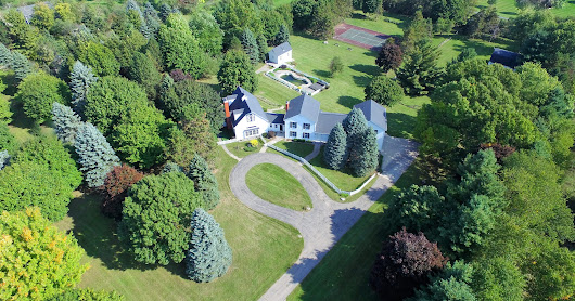 Kid Rock's posh childhood home listed in Macomb County for $1.3M