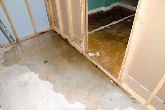 3 Tips for Spotting Basement Water Damage