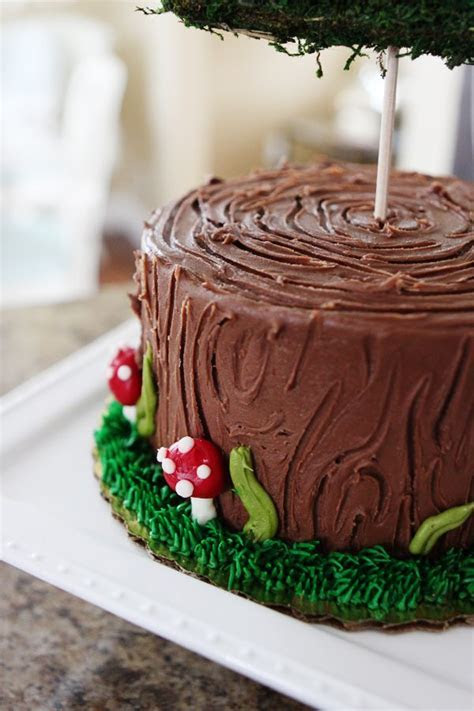 25  Best Ideas about Woodland Cake on Pinterest   Forest