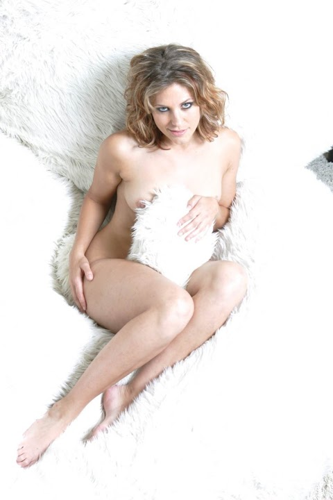 Jenny Lewis Nude Pics (@Tumblr) | Top 12 Hottest