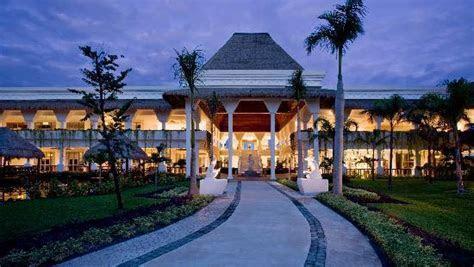 Family Club at Gran Riviera Princess All Suites & Spa
