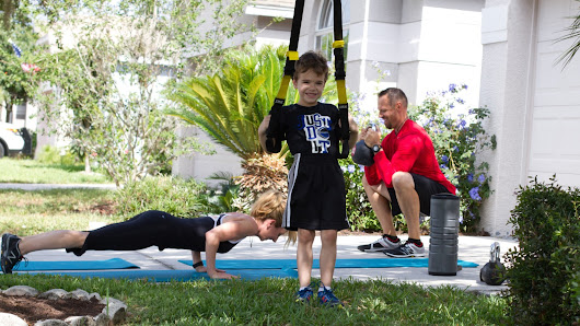 Family exercise that strengthens bodies and bonds - CNN
