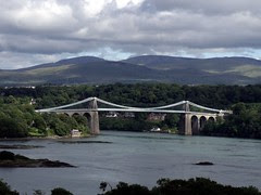 Menai Suspension Bridge (1826)