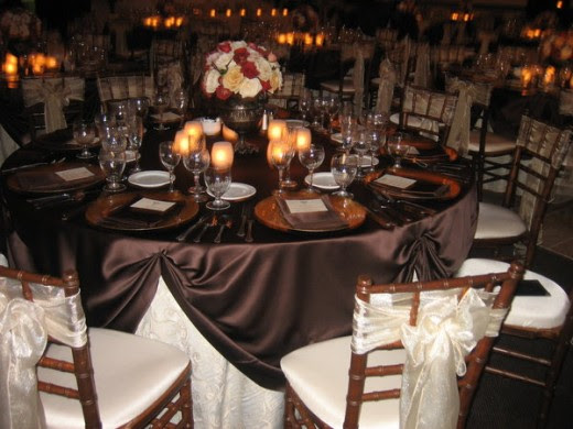 BEAUTIFUL BROWN DEEP RED IVORY FALL WEDDING RECEPTION TABLESCAPE