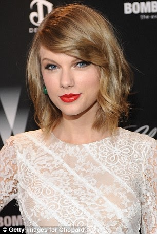noozyes taylor swift lookalike olivia sturgiss says she