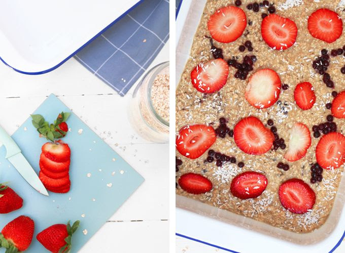 Oats Cake with STrawberries