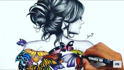 Dibujo De La Mujer Cln Mariposas En La Espalda Aprendiendo A